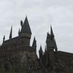 曇り空のホグワーツ城描いた